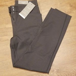 Maurices Skinny Ankle NWT 1/2